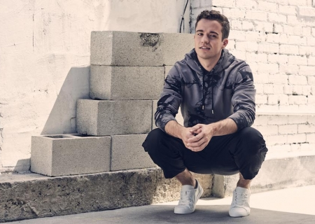 Q&A: Stephen Puth + Music Video Premiere!