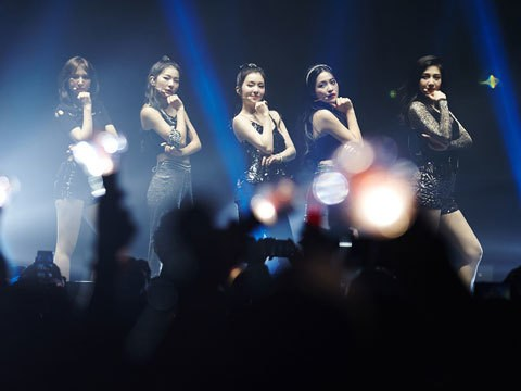 K-Pop's Red Velvet Kick Off First U.S. Tour In L.A.